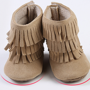 wholesale soft suede leather fringe baby moccasin boots prewalker booties factory