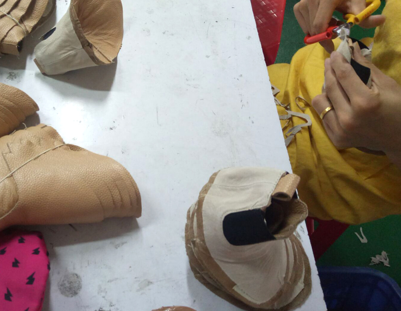 china factory making baby shoes